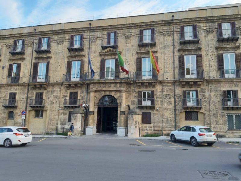 Palermo aumento stipendio portavoce